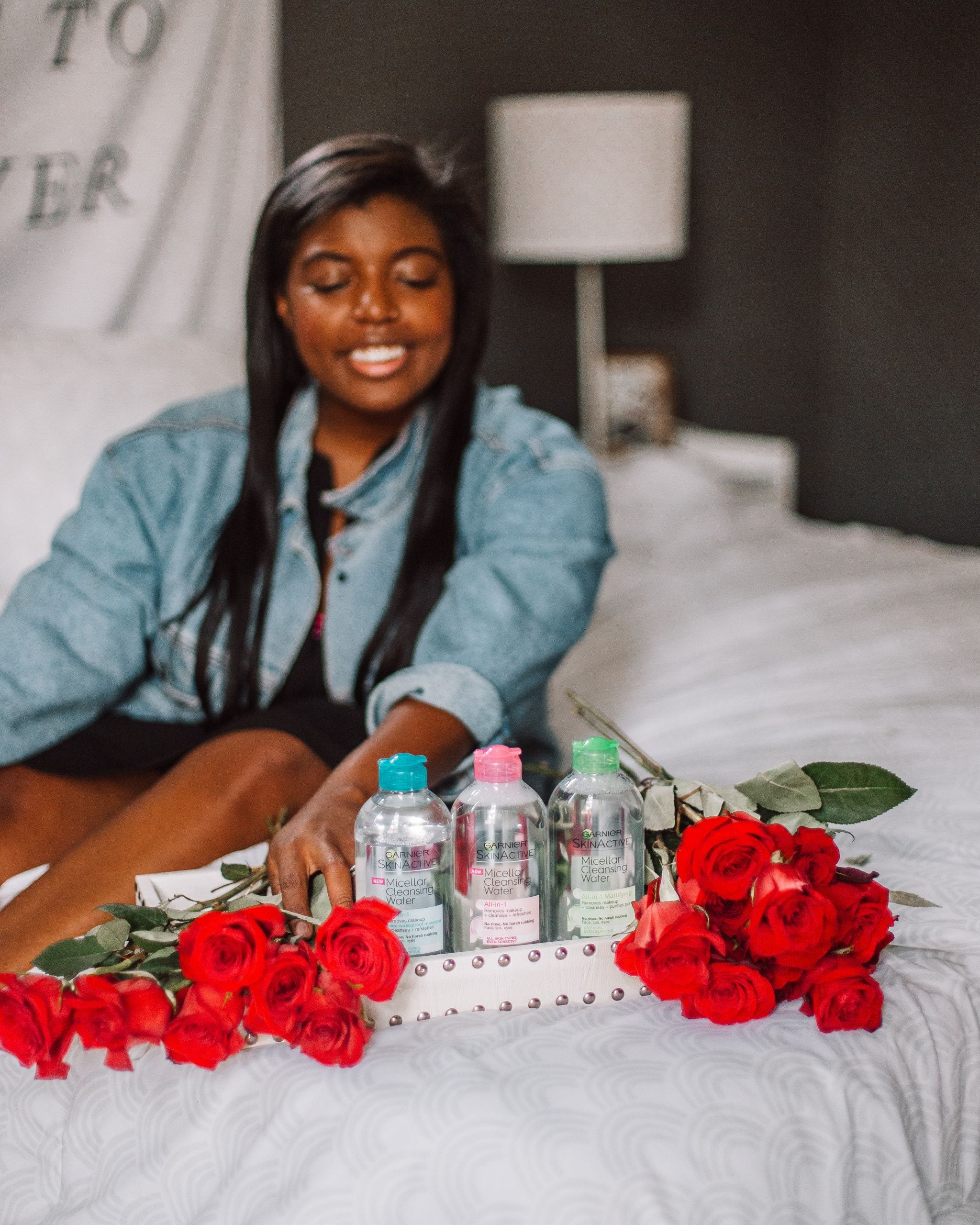 Blogger poses with Garnier Micellar water