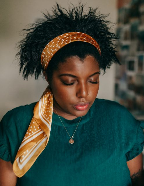 how to style a silk hair scarf